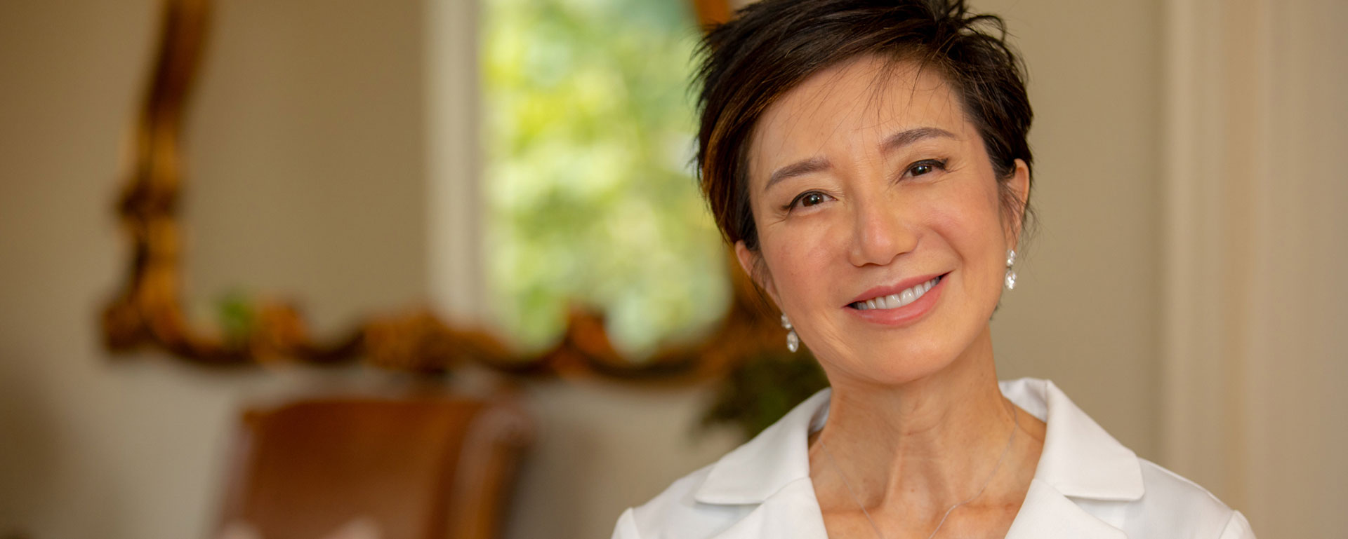 Dr.Claire Cho